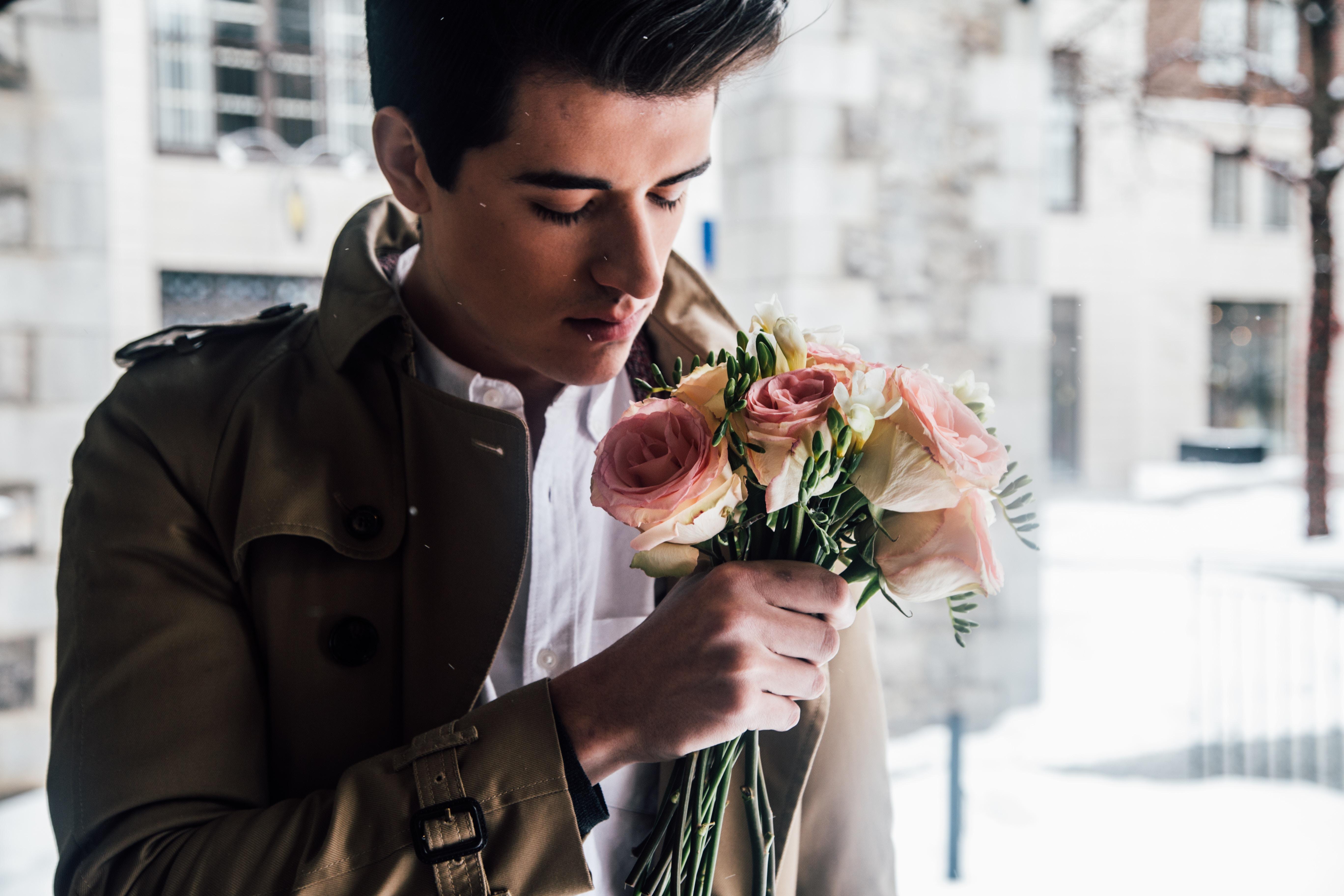 乙女座男性の性格の特徴とは?好意のサインや浮気・恋愛の傾向を調査