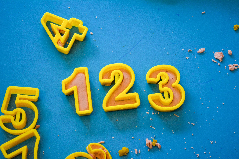 エンジェルナンバー85の持つ意味とは、恋愛における効果も解説