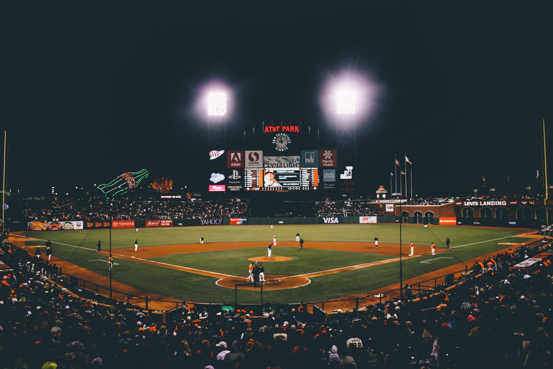 【夢占い】野球の夢は何のサイン?野球の夢の意味を解説